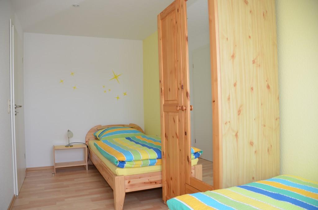 Kinderzimmer bzw. extra Schlafzimmer mit Zwei Betten